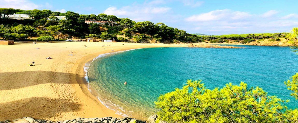Playa de Sa Conca al final del camino de ronda de S'Agaró