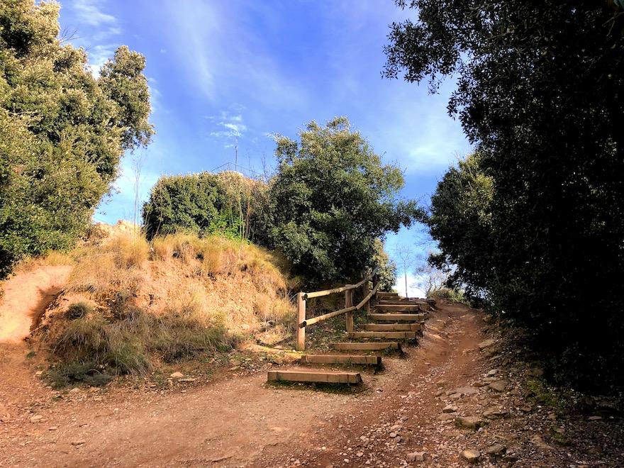 ültimas escaleras al Castillo